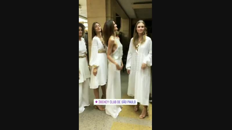 Жозефин за кулисами показа «Le lis blanc», Сан-Паулу — 18 октября