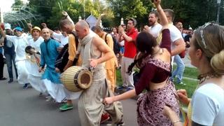 2018 08 12 Харинама в парке Сокольники (2/2). День Индии. Према Санкиртана.