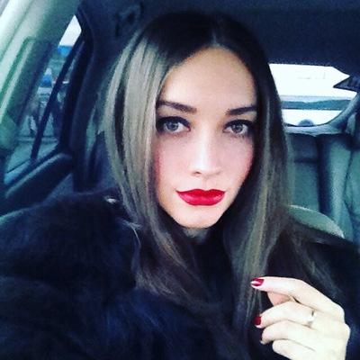 Юлия Кравцова-Никитина