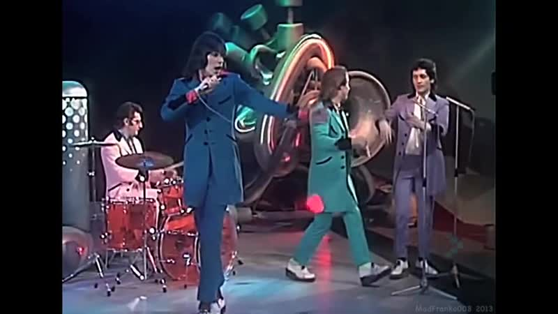 Showaddywaddy-under-the-moon-of-love-1976-hd[1]