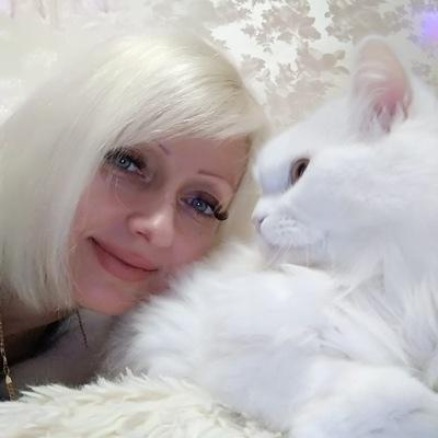 Яна Холопкина