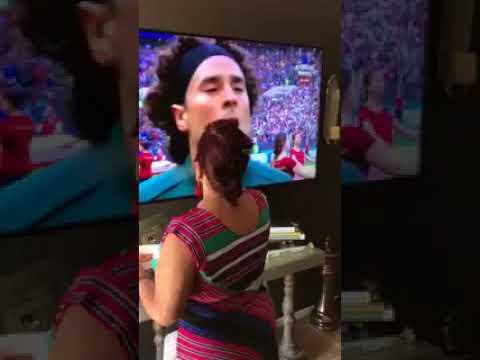 Я на 100% убежден, что эта женщина была причиной того, что Мексика выиграла