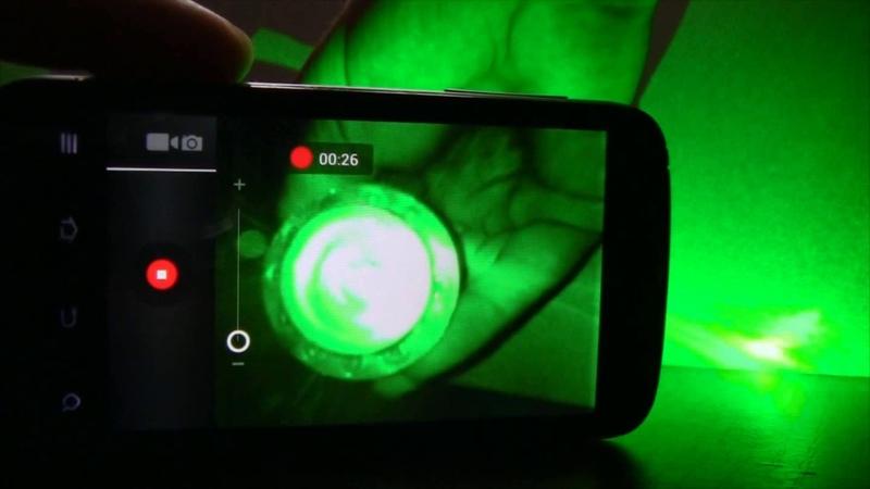 Что будет с камерой телефона если в нее светить мощным лазером