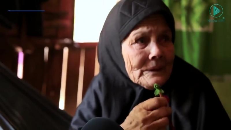Слова пожилой женщины заставили плакать съемочную группу.mp4