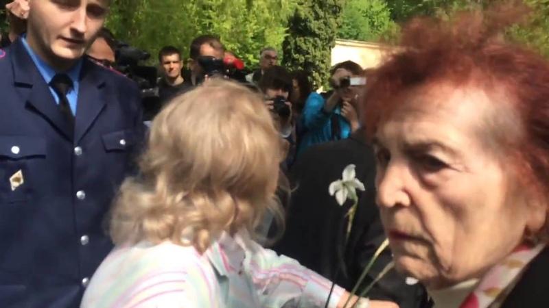 Львов 9 мая 2016. Люди поставили на место Мыколу недоумка