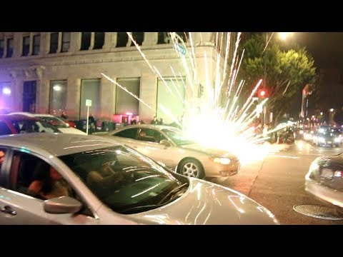 Firework EXPLODES In Cops Face On Hollywood Blvd | LAPD | Сходка гонщиков | Дрифт