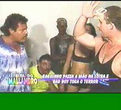 Casa dos Desesperados 2 - Briga Feia do BadBoy