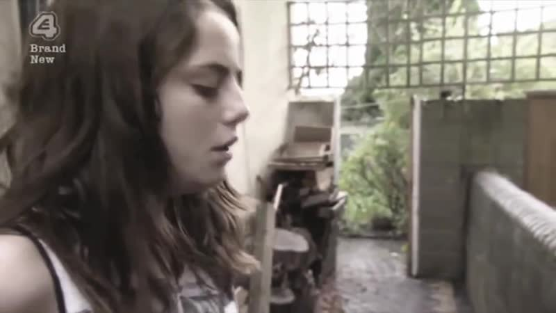 Angus Julia Stone - Draw your Swords (Music Video)