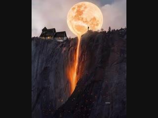 И заставляет время течь, Как воск Луны, на подоконник...