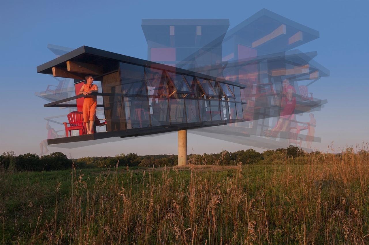Вращающийся дом от Alex Schweder