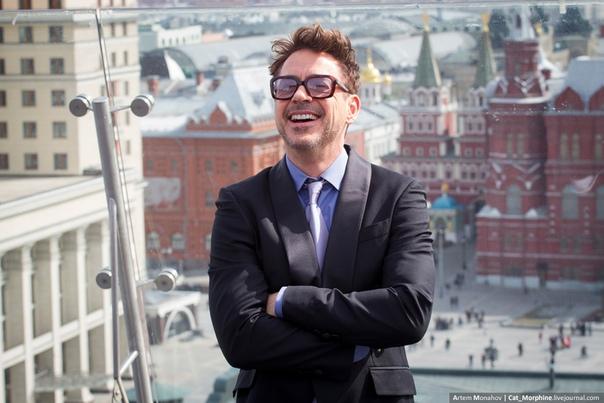 Зарубежные знаменитости о России Россию нередко навещают зарубежные знаменитости и в своих интервью они делятся впечатлениями о России и русских. Джуд Лоу: В 14 лет я учил русский язык, а