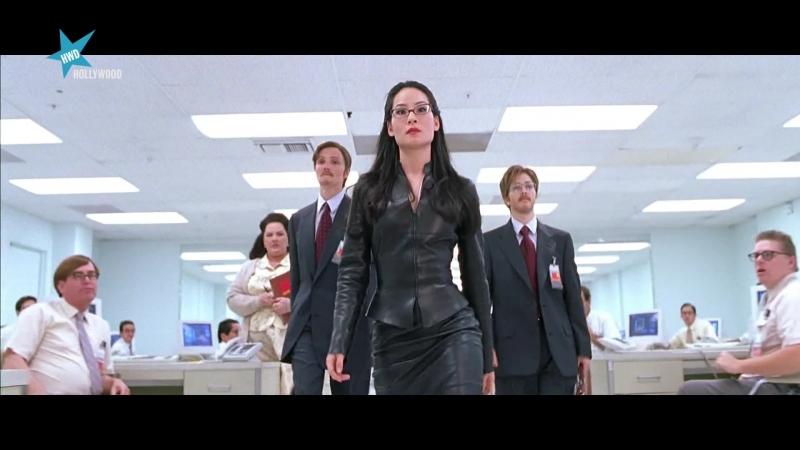 Los ángeles de Charlie (2000) Charlies Angels sexy escene 08 Cameron Diaz, Drew Barrymore, Lucy Liu