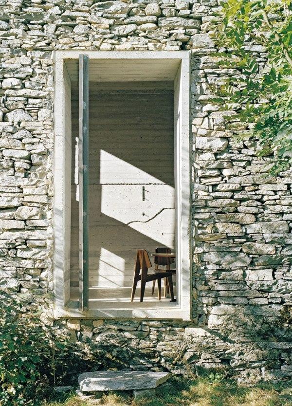 200-year-old stone house Refurbishment in Linescio/ Buchner Bründler Architekten