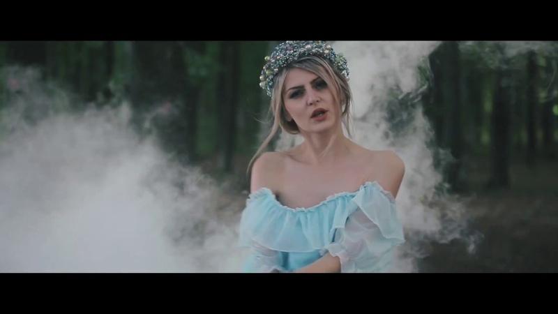Kazka Плакала, cover Лена Семенів