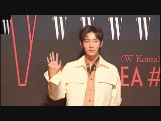 181026 W KOREA The 13th Breast Cancer Awareness Campaign - 'LOVE YOUR W' Red Carpet