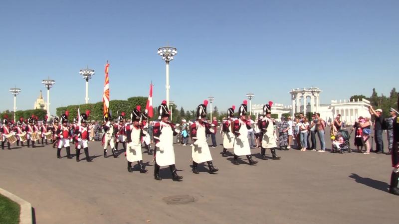 Фестиваль «Спасская башня» в Москве: военные оркестры прошагали по ВДНХ. ФАН-ТВ