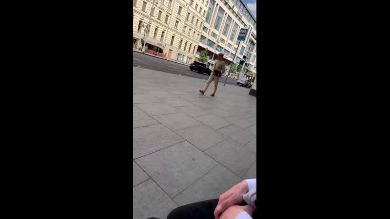 На тверской забытый рюкзак похожий на бомбу