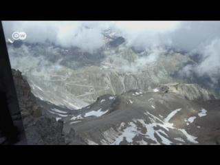 James-Bond-Installation ″007 Elements″