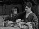 ''Малыш''. 1921 год. В ролях- Чарли Чаплин и Джекки Кугэн