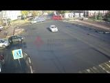 ДТП на перекрестке проспекта Ленина и Советской в Ярославле
