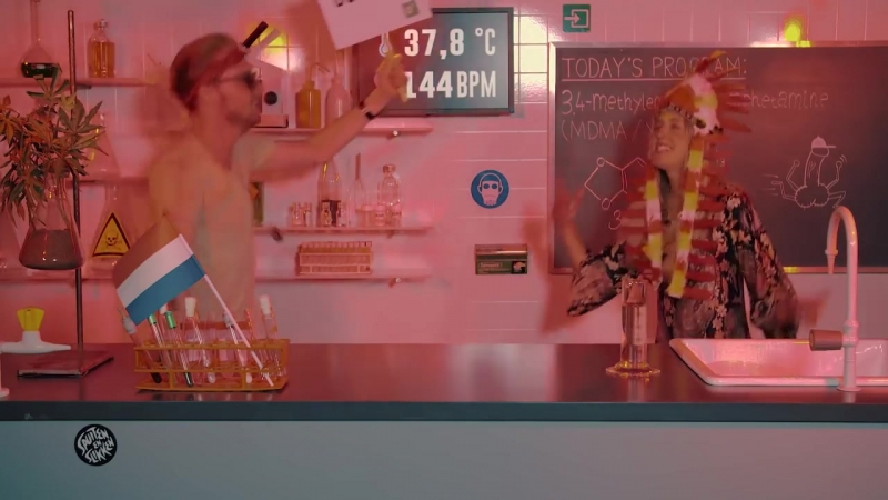 [Drugslab] Nellie parties on ecstasy (XTC MDMA)   Drugslab