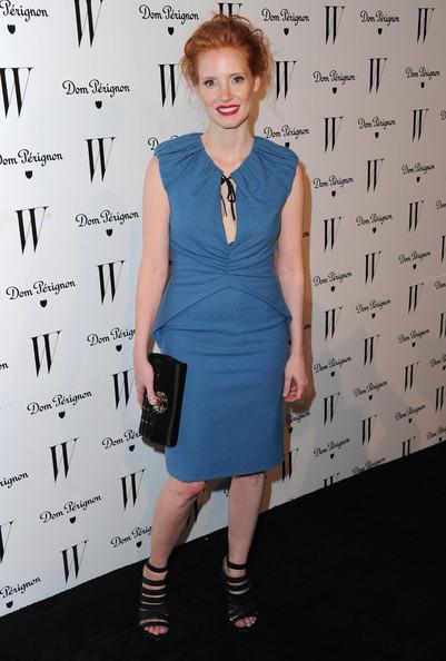 Джессика Честейн в синем