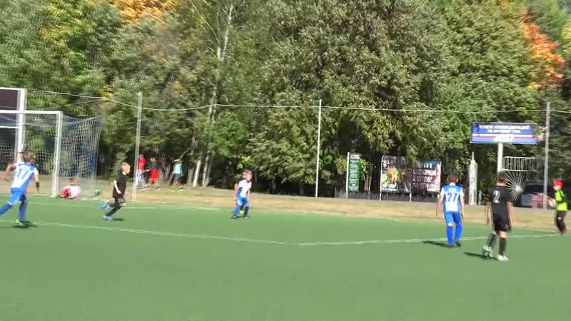 МФК Зелёный ключ 2011 - СШ по футболу 2010 (2) (Чебоксары). 23.09.18. 1 тайм