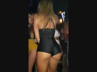 Hot and sexy girls ass dancing in the club pk reality