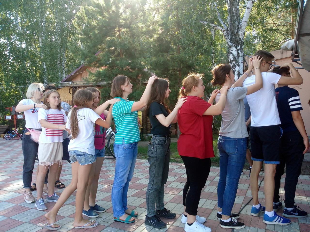 Игры на знакомство в молодежном лагере