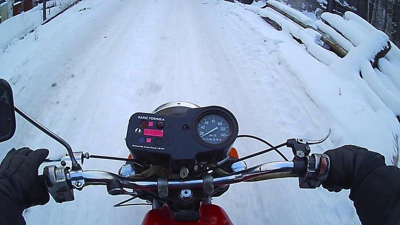 па катушка зимой на мотоцикле Тула.