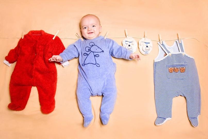 1ea08f27f12fd Приобрести кроватку и коляску, позаботиться о правильном матрасе и подушке, купить  одежду для малыша ...