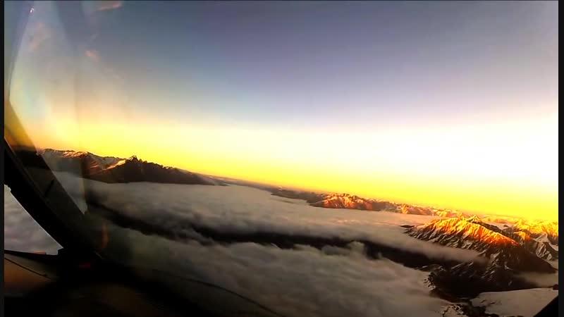 Видео из кабины пилота. красотища то какая