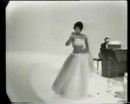 Josephine Baker J'ai deux amours 1950's TV