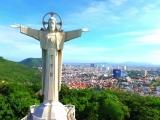 Самая высокая статуя Иисуса Христа в Азии. The highest statue of Jesus Christ in Asia.