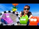 Игры в машинки на пляже с Машей Капуки. Мультики для малышей.