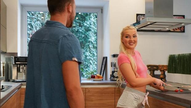 Orgasms.xxx - Newlyweds christen the kitchen