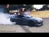Уничтожение резины! Nissan Silvia S15
