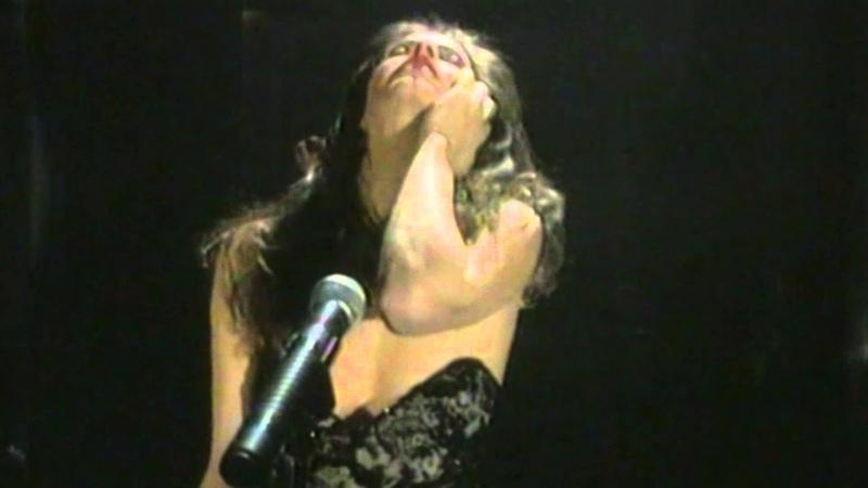 Den Thelo Na Ksereis - Anna Vissi (Official Video Clip)