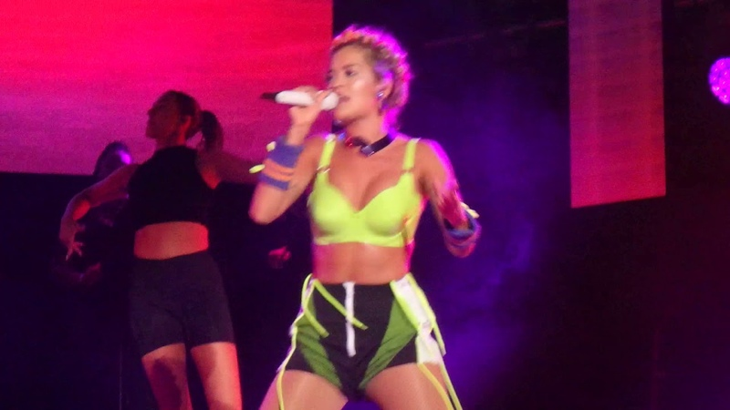 Rita Ora - Doing it - MTV Presents Varna - paparazzi.bg