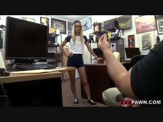 Человек кончили мастурбирует пока никто не видит в офисе мини юбках высоченных