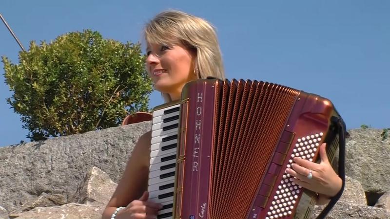 Carla Scheithe-Tanzende Finger von Heinz Gerlach Profilm Live