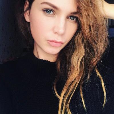 Юля Побережная