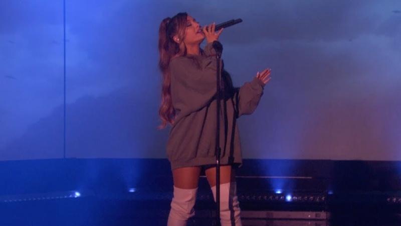 Ariana Grande - breathin (The Ellen Show Performance)