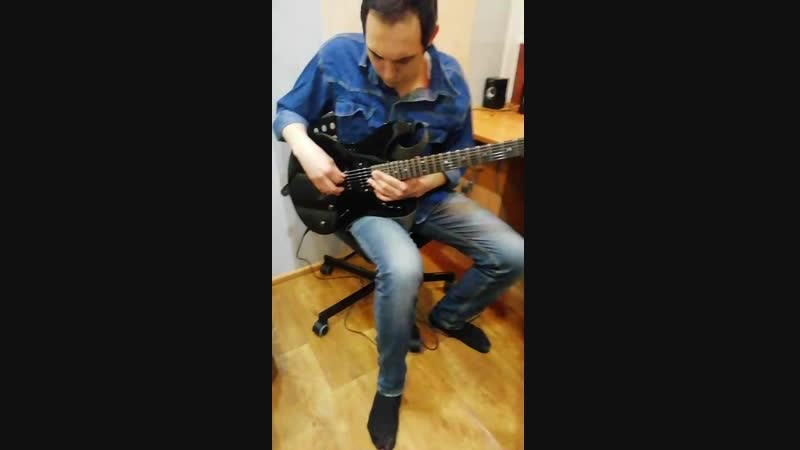 Отстройка грифа гитары ученика на студии Штаб 13