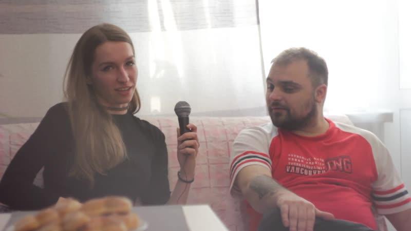 интервью . плата за перемещение во времени . эпизод 1 . )) .
