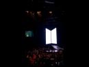СпА арми все вместе пели epiphany до того как началось выступление