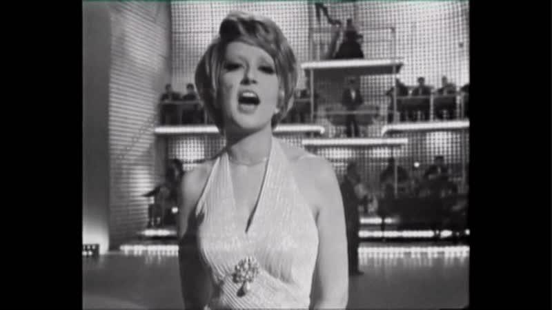 ♫ Mina Mazzini ♪ Sono qui per te (1966) ♫