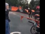 Мамаша vs велосипедист