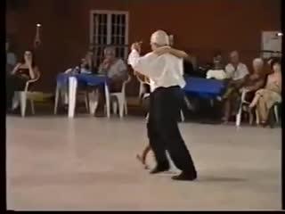 Ricardo vidort and anna maria ferrara - tigre viejo
