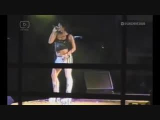 группа Краски 2004 год - отрывок концерта (любительская съемка)